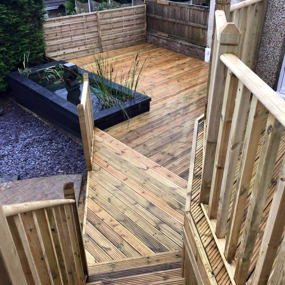 Timber decking projects from 2016 news for Garden decking projects